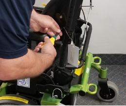 Réparation de fauteuil roulant